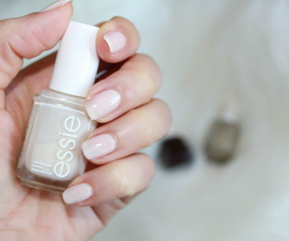 MOST FAVOURITE ESSIE NAIL LACQUER AT THE MOMENT